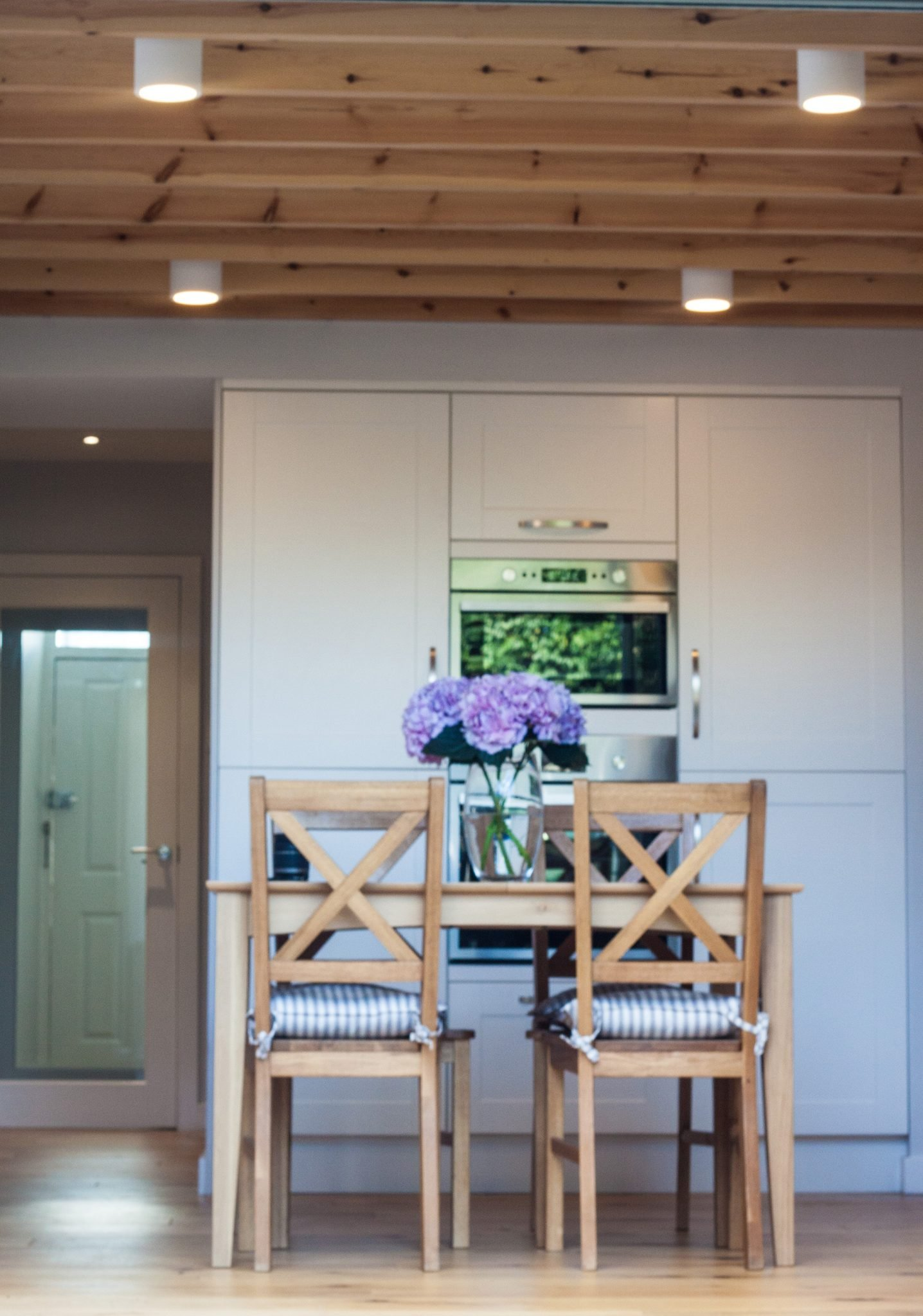 Architecture & Interior Design London | Stories by Shabnam Noor | interior design kitchen table and oven hampton court